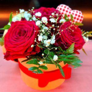 Roses Rouges En Boite Chapeau