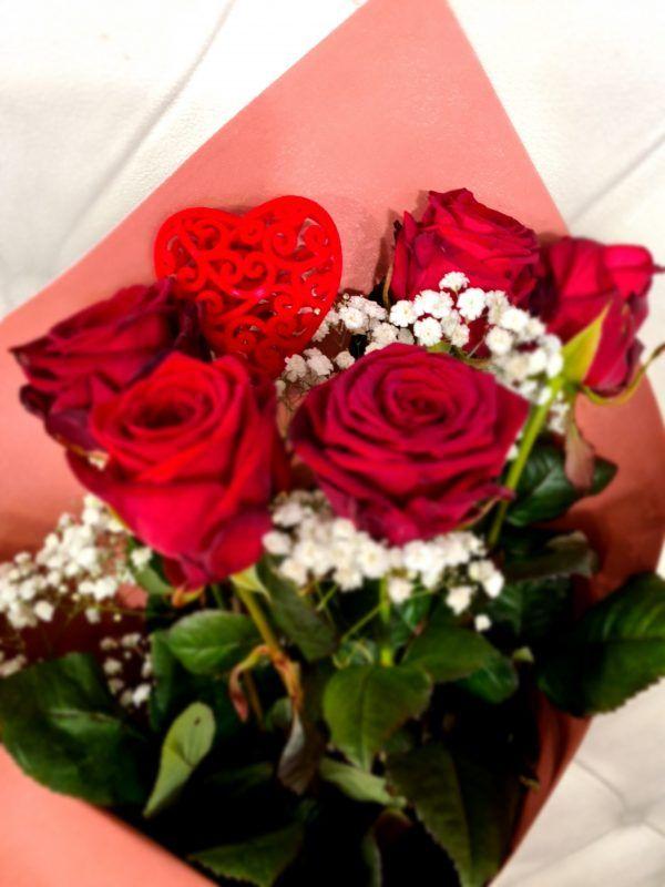 roses rouges spéciales st valentin